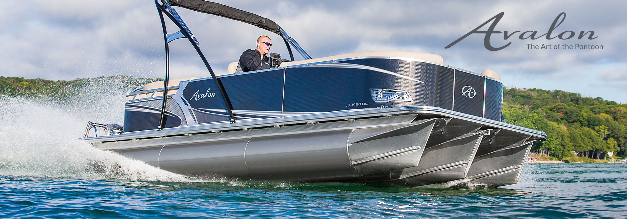 Avalon LS 2480 GL pontoon cruising